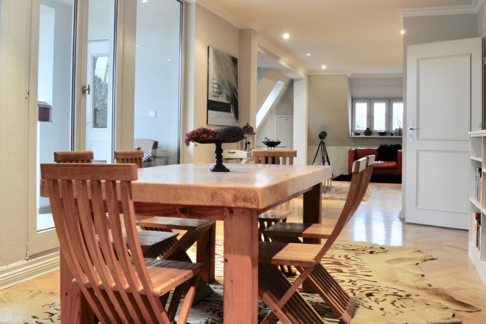 Exclusive floor in a villa directly at Grunewald