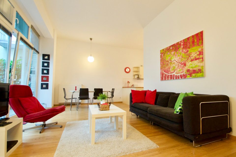 Wonderful apartment with terrace near to the Brandenburg Gate