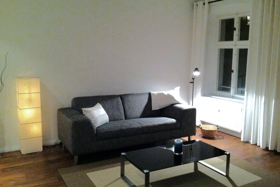 Inviting 2-room apartment between Mauerpark and Zionskirchplatz