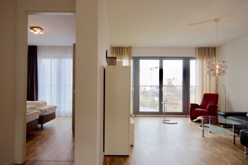 Einzigartige Wohnung mit bodentiefen Fenstern am Gleisdreieck Park