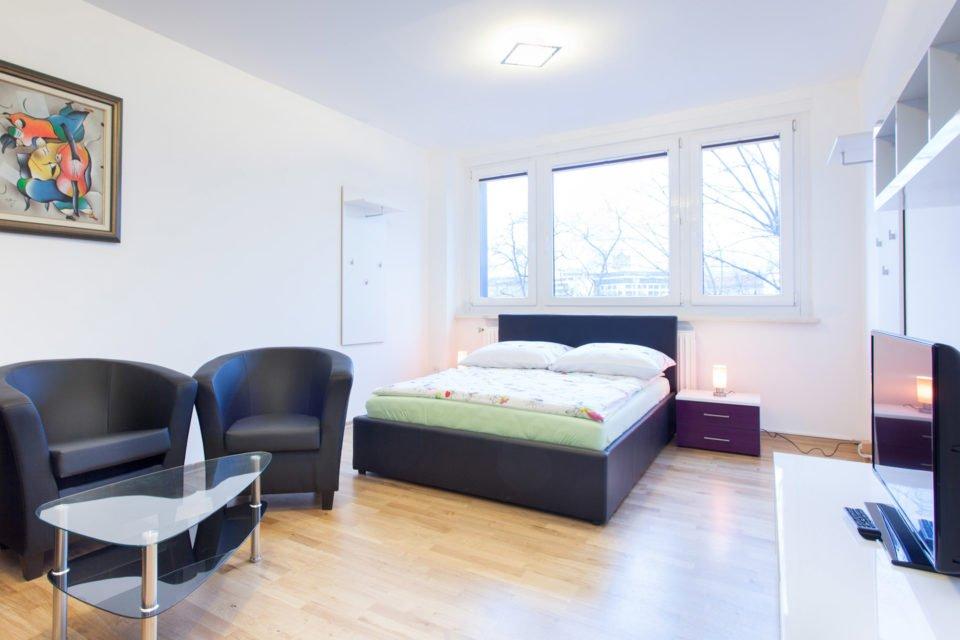 2-room apartment in perfect location close to Alexanderplatz
