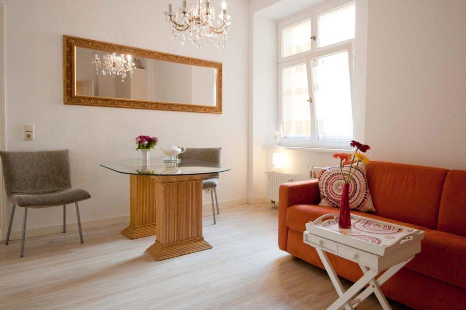Einladende 2-Zimmer-Wohnung nahe Friedrichstraße