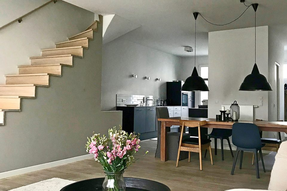 Exclusive maisonette apartment with terrace near Mauerpark